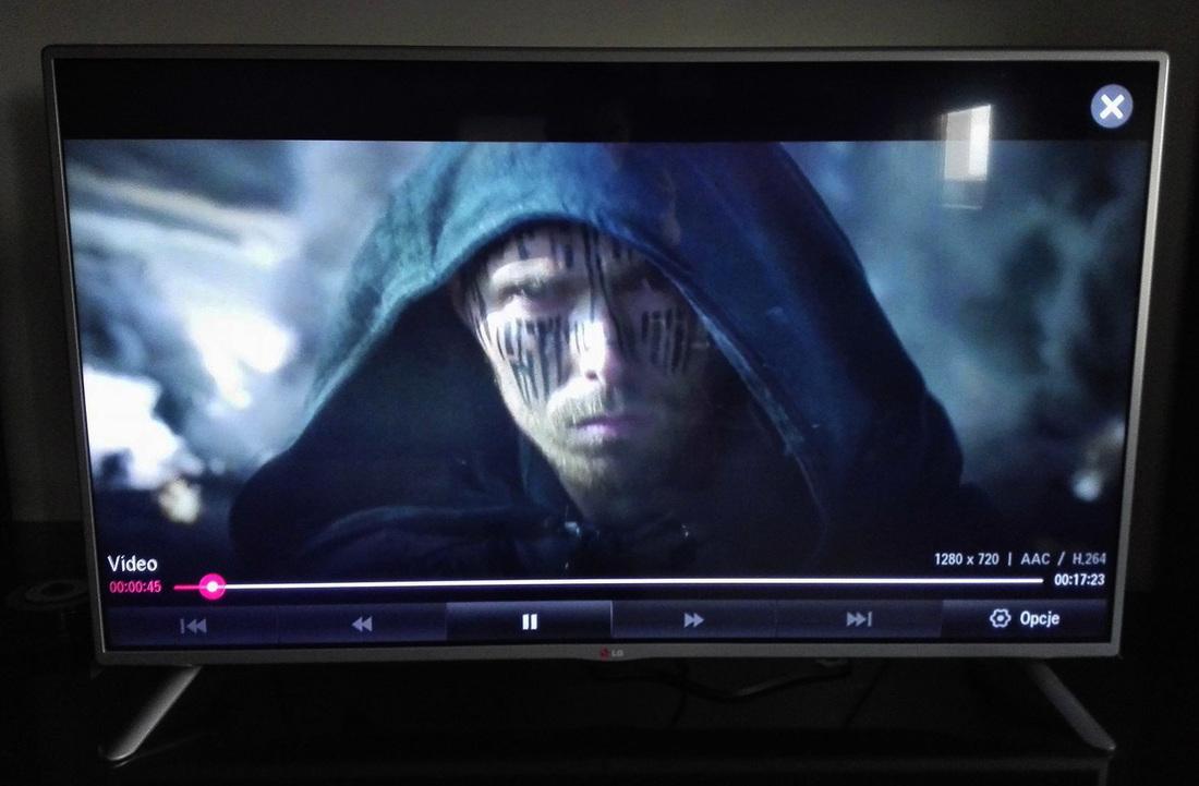 Film z Chrome odtwarzany przez DLNA na TV